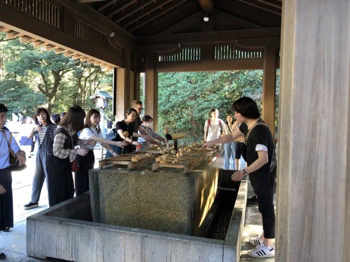 Tvättplats utanför Meiji Jingu