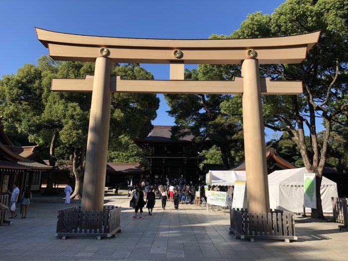 Torii-porten in till Meiji Jingu